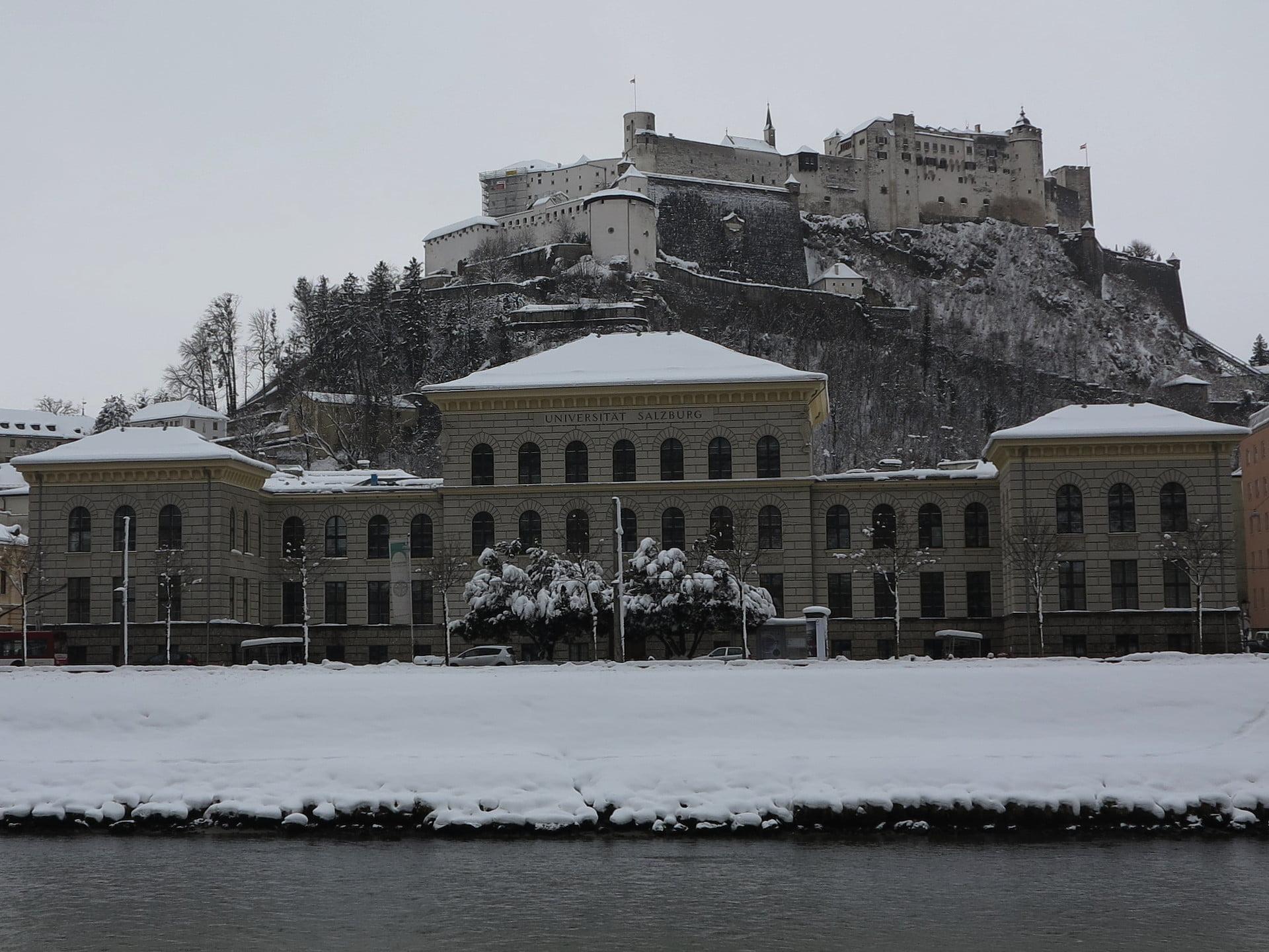 Gewsi mit Festung und Salzach